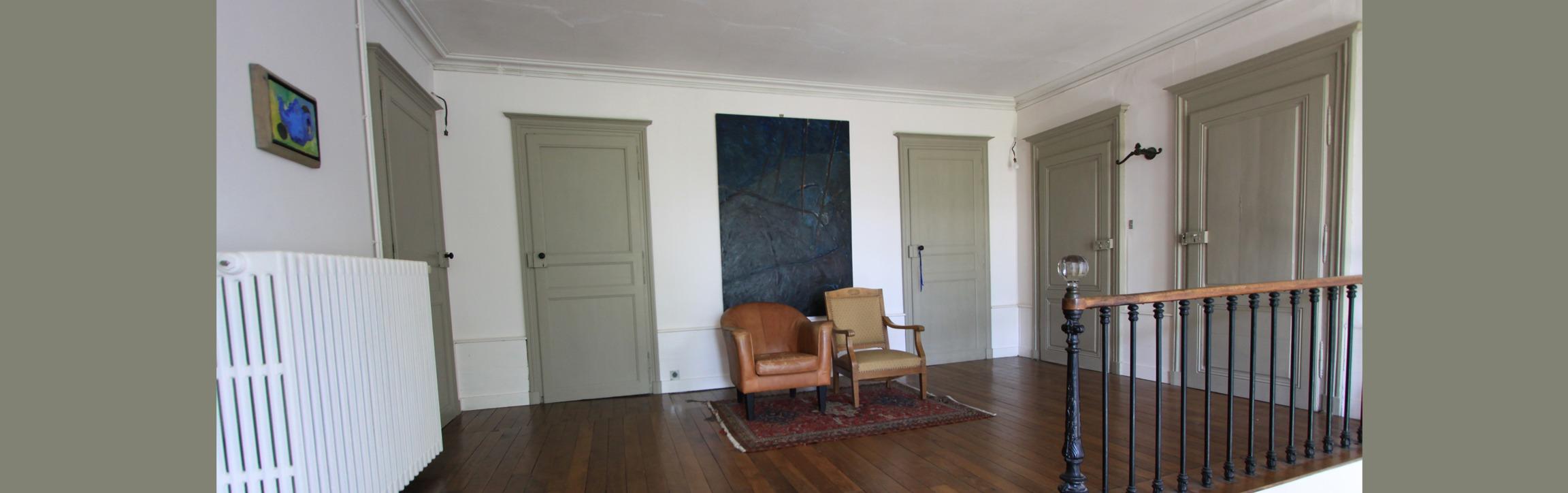 overloop met kamer deuren