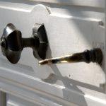 detail deurknop entreedeur